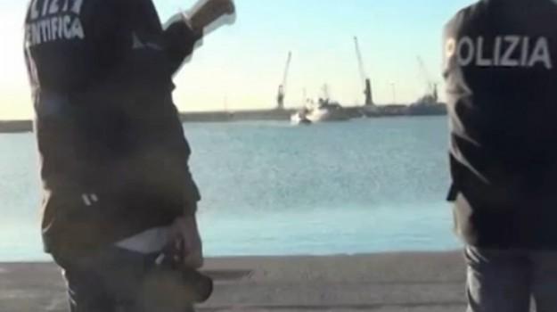Sbarcano a Pozzallo 21 siriani, arrestato scafista egiziano di 18 anni