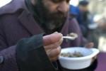Garantito un pasto caldo a 50 anziani poveri, riapre la mensa di Casteldaccia