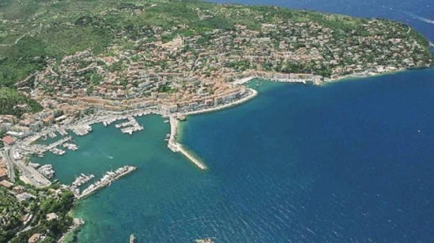 porto santo stefano di camastra, regione, Messina, Cronaca