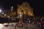"""Cala il sipario su """"Ibla Buskers"""", la festa degli artisti di strada a Ragusa: tutte le foto"""