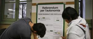 Referendum, Lombardia e Veneto al voto per l'autonomia: affluenza bassa, si vota fino alle 23