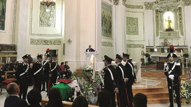 veglia funebre, Caltanissetta, Cronaca