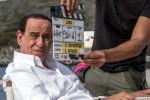 Toni Servillo nei panni di Silvio Berlusconi: la prima foto ufficiale dal set