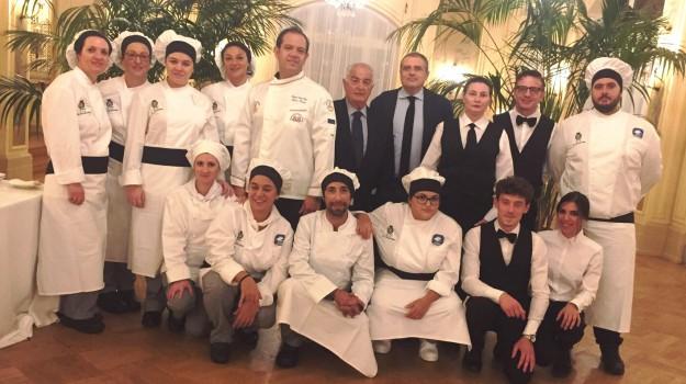 taormina gourmet, Sicilia, Economia