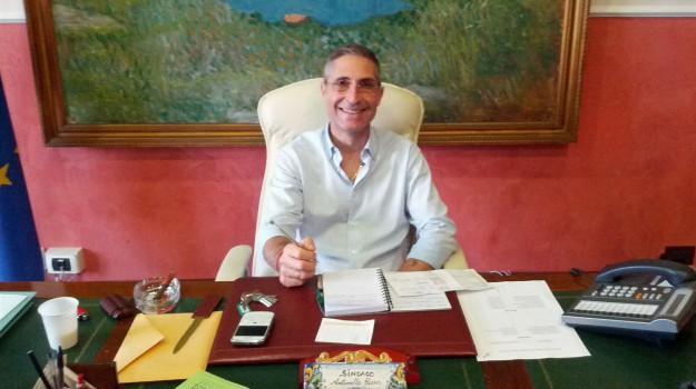 Caso Priolo, il sindaco Rizza si dimette ma resta in corsa per le Regionali Un altro indagato nel centrodestra