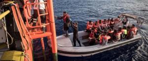 Nuovo sbarco a Messina, 111 migranti a bordo dell'Aquarius