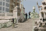 """Marsiglia, accoltella dei passanti invocando Allah: 2 ragazze morte. L'Isis sul web """"festeggia"""" l'attacco"""