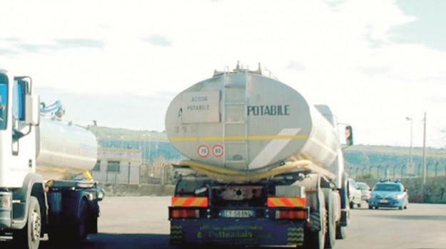 A Ragusa affidato il servizio di rifornimento idrico con autobotte