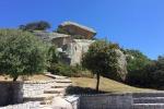 Arzachena, roccia del Fungo imbrattata