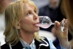 Donne preferiscono vino bianco, gene del gusto guida scelta
