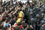 La Catalogna pronta all'indipendenza: sì al 90%. Ma violenze sul voto: oltre 800 feriti