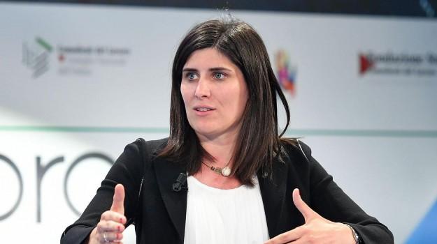 falso in bilancio, sindaco m5s torino, Chiara Appendino, Sicilia, Cronaca
