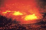 In 800 milioni all'ombra di un vulcano attivo