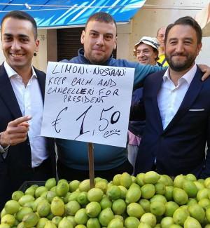 """Di Maio e Cancelleri al mercato di Ballarò: """"Faremo di tutto per fermare la legge elettorale"""" - Video"""