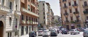 Dodicenne investita mentre va a scuola, è caccia all'auto pirata a Palermo