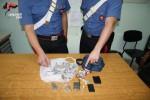 Sorpresi con 40 dosi di droga in auto, arrestati due giovani a Regalbuto
