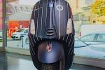 La Vespa 'veste' gessato, modello unico firmato da Lapo Elkann