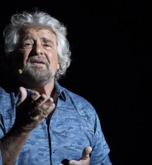 Redditi dei politici, Grillo sei volte più ricco in un anno: la Fedeli al top tra i ministri