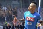 Il Napoli non sbaglia un colpo, la Roma sbanca San Siro e batte il Milan
