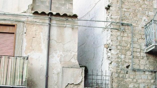 demolizione caltanissetta, Caltanissetta, Cronaca