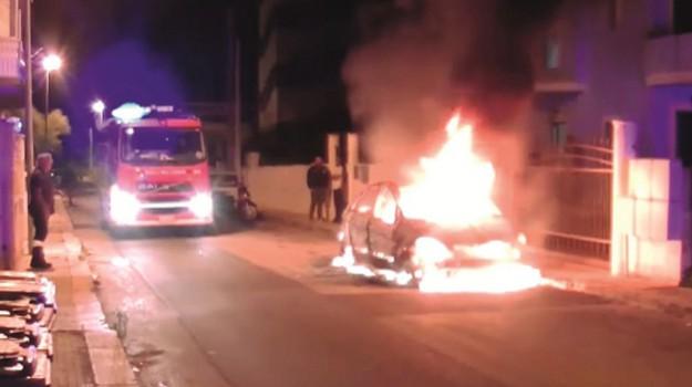 incendio maserati, incendio rione san luca caltanissetta, Caltanissetta, Cronaca