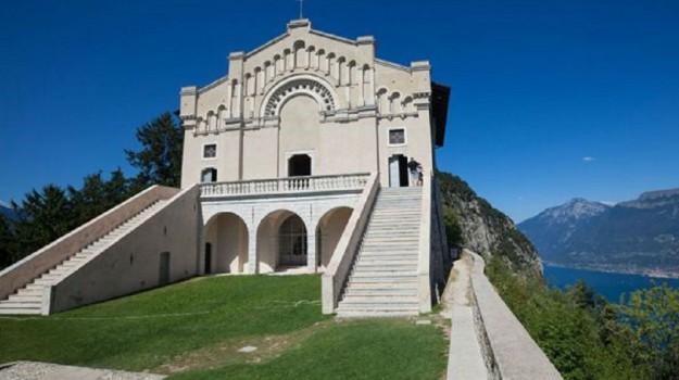 reliquie, san papa giovanni paolo II, Sicilia, Cronaca