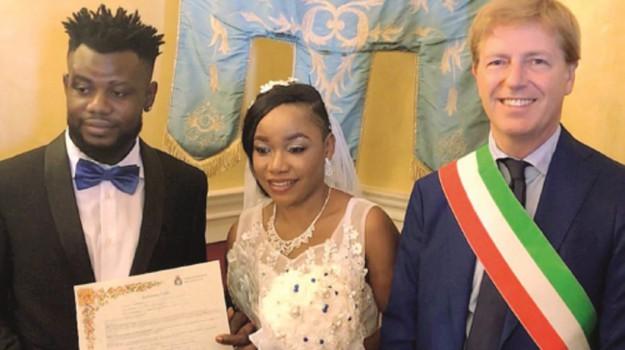 matrimonio profughi, Agrigento, Società