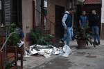 Palermo, sparatoria all'Arenella: un fratello resta ucciso, l'altro ferito. La polizia ferma una vicina di casa