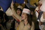 In pigiama davanti a Palazzo delle Aquile, i residenti protestano contro la movida - Video