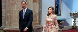 La Catalogna commissariata Il re: secessione inaccettabile