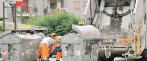Rifiuti in orari non consentiti a Caltanissetta: in 24 multati