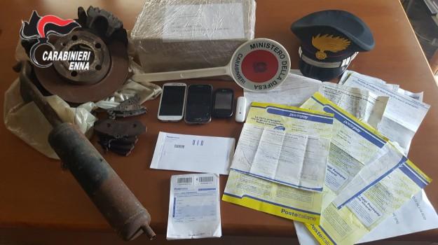 Da Nicosia truffavano sul web in tutta Italia, arrestati marito e moglie