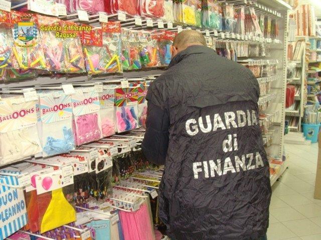 Ragusa: sequestrati più di 100 mila articoli di Halloween illegali