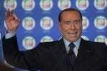 Berlusconi e la barzelletta sui bidet degli africani, è polemica - Video