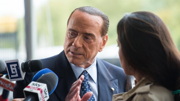Incidenti, Silvio Berlusconi, Sicilia, Politica