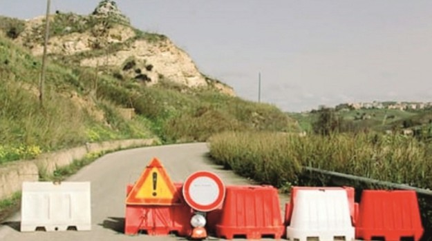 appalti strada, Monti Sicani, Agrigento, Economia