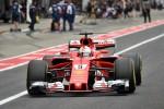 Disastro Ferrari, Vettel costretto al ritiro per problemi tecnici