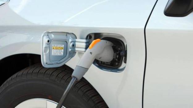 auto elettriche augusta, Siracusa, Economia