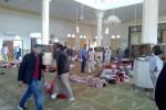 Le immagini dell'orrore in Egitto dopo l'assalto alla moschea