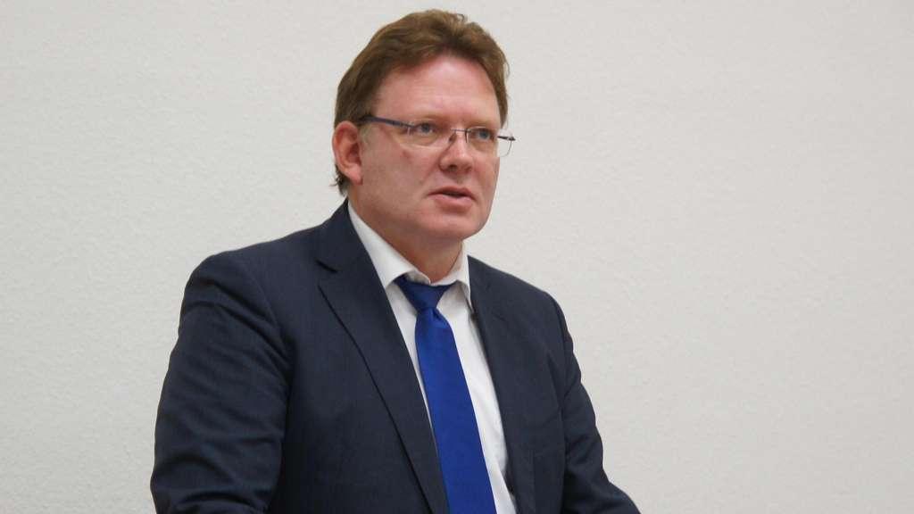Germania, accoltellato sindaco per impegno con profughi