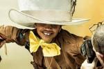 Alice nel Paese delle Meraviglie rivive nel nuovo calendario Pirelli: nel cast solo modelli di colore
