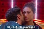 Dopo l'addio a Francesco, esplode la passione fra Cecilia e Ignazio: il web insorge