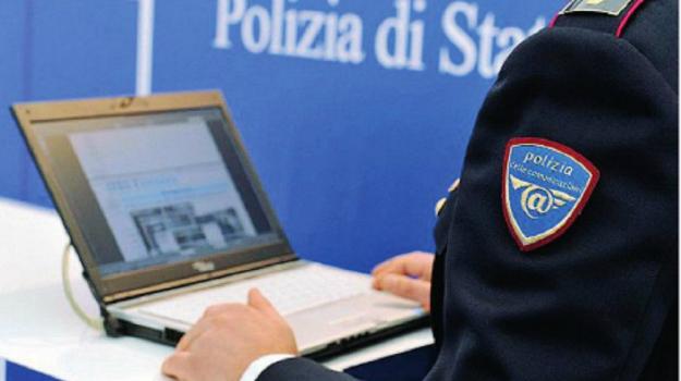 foto hot, pedopornografia, polizia postale, Catania, Cronaca