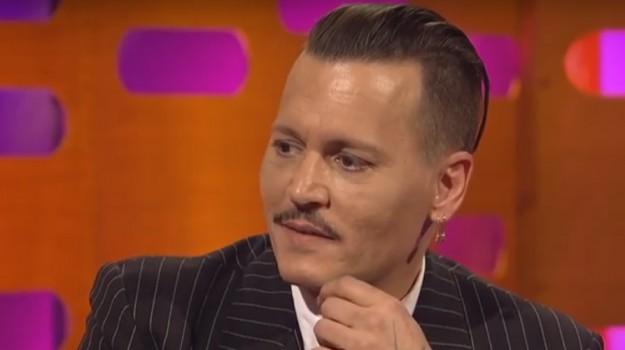 aggressione depp ritiro film, Johnny Depp, Sicilia, Società