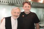 Leo Gullotta a Noto riscopre la tradizione culinaria della Sicilia