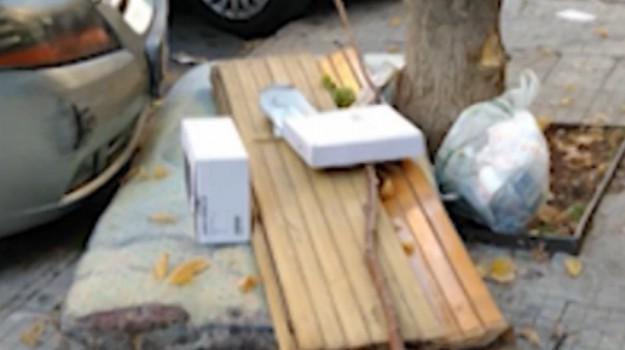 Da via Ausonia a via Valdemone, strade invase dai rifiuti a Palermo