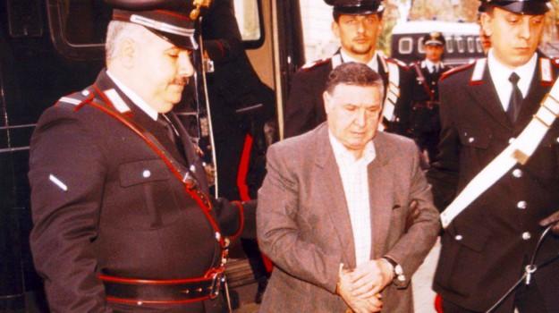 L'arresto, il covo, il maxi processo: la storia criminale di Riina e le foto