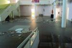 Crolla il controsoffitto di una scuola a Gela