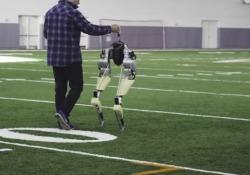 All'università dell'Oregon un robot che sembra uno struzzo