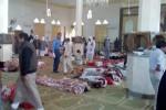 Strage in Egitto: oltre 300 i morti, 27 i bambini. Caccia ai terroristi